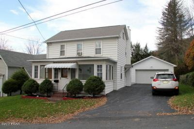 Photo of 115 Young St, Honesdale, PA 18431