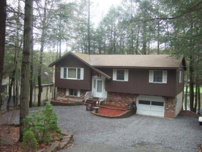 Photo of 1158 Beaver Lake Dr, Lake Ariel, PA 18436