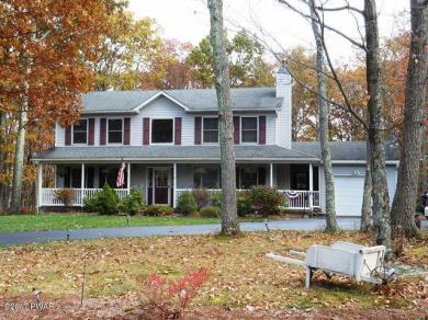 123 Rodeo Dr, Lords Valley, PA 18428