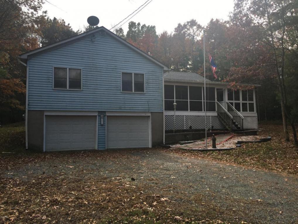 374 Springbrook Rd, Shohola, PA 18458