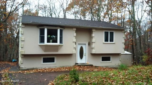 107 Surrey Dr, Lords Valley, PA 18428