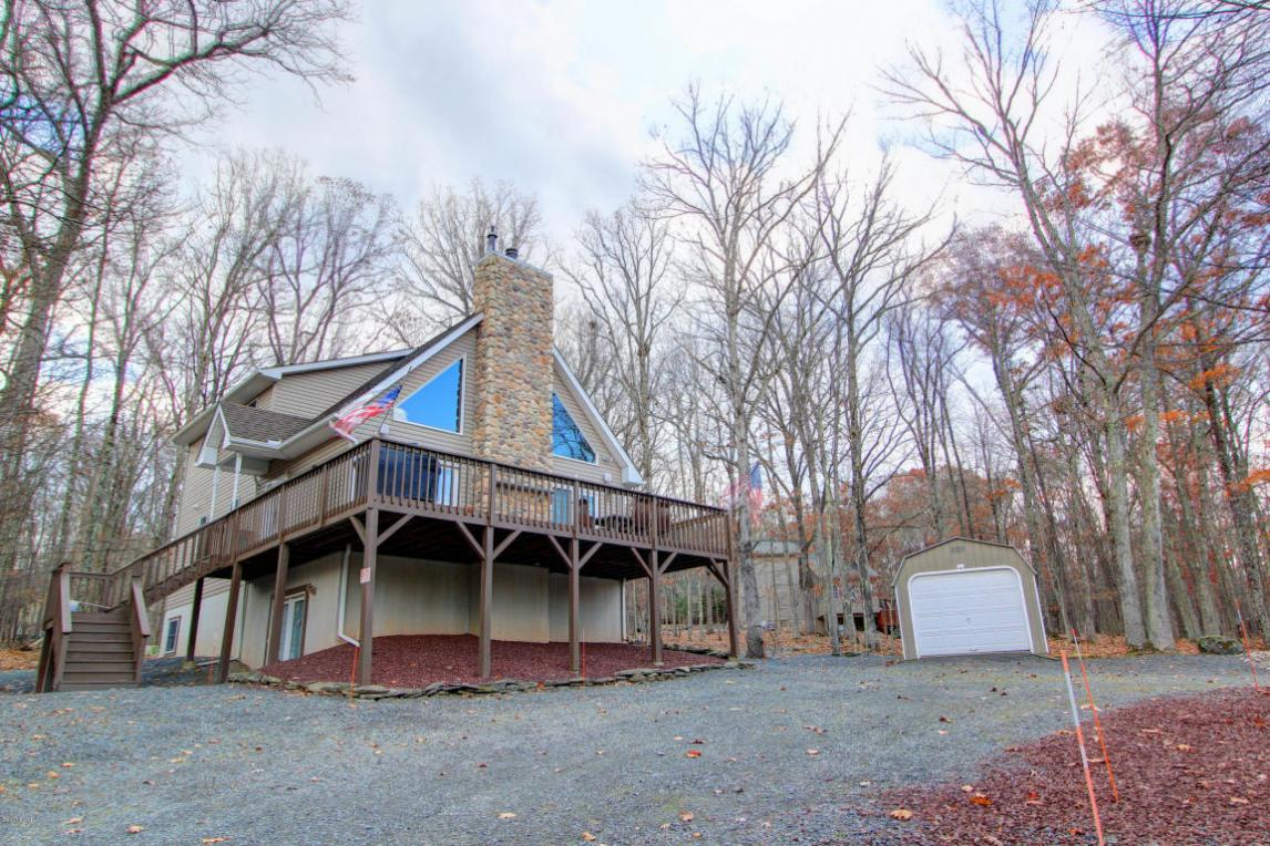 174 Eagle Rock Rd, Lackawaxen, PA 18435