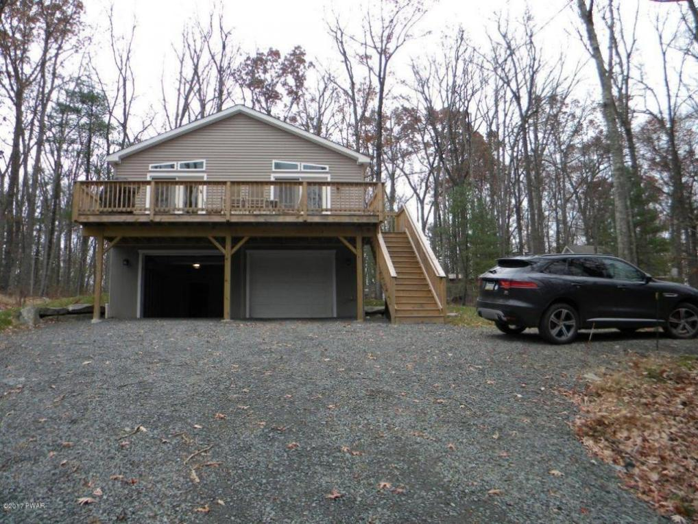 93 Paupack Point Rd, Hawley, PA 18428
