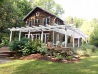 217 W Shore Dr, Lake Ariel, PA 18436
