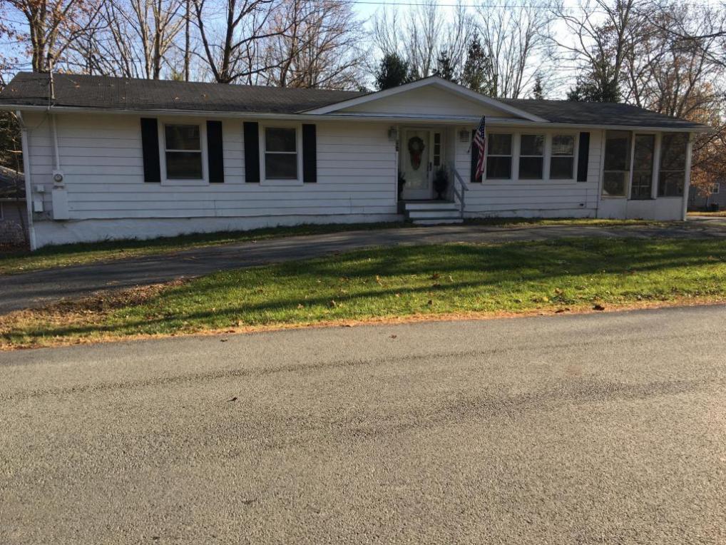 801 6th St, Milford, PA 18337