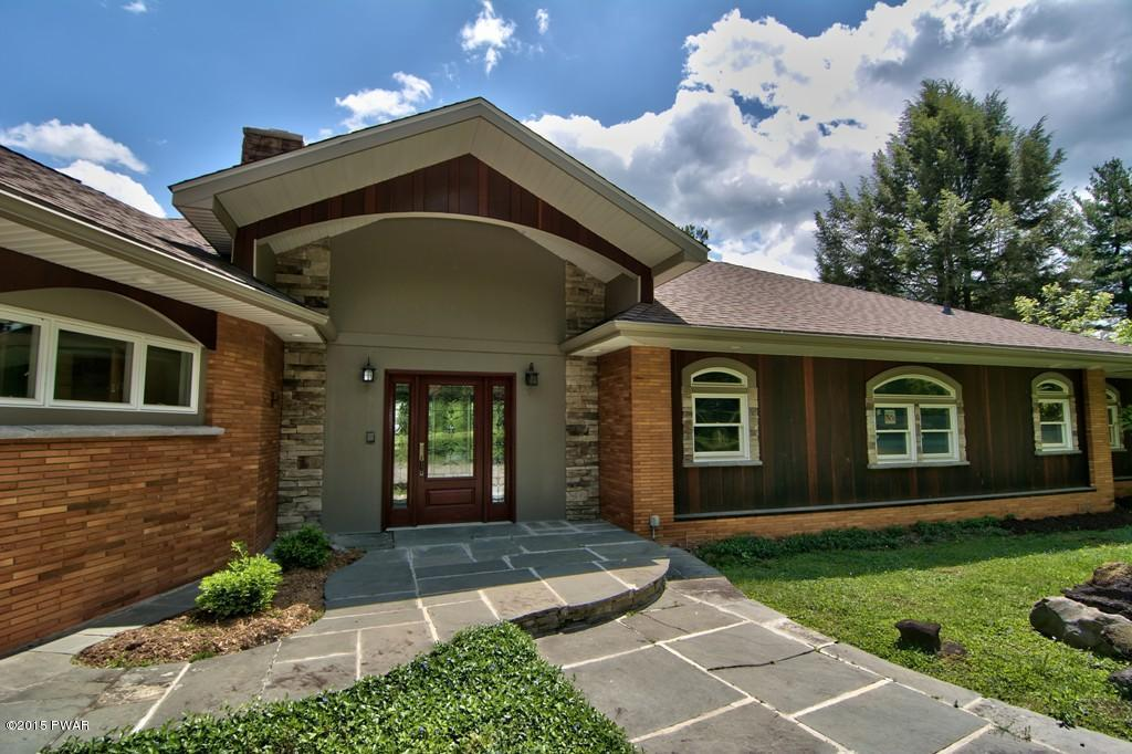 101 Golf Hill Rd, Honesdale, PA 18431
