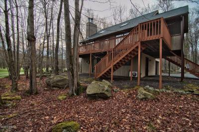 Photo of 2982 Wedge Dr, Lake Ariel, PA 18436