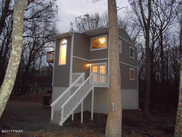 101 Buck Run Rd, Milford, PA 18337
