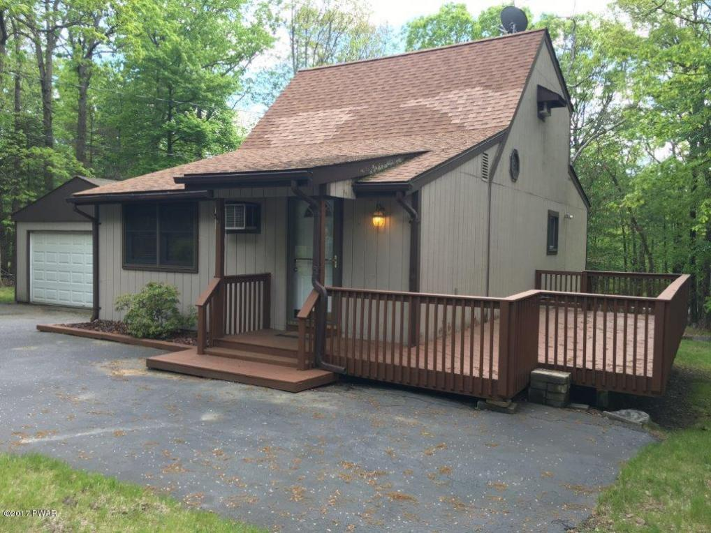 125 Spruce Dr, Milford, PA 18337