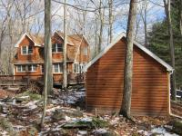 154 Liberty Ln, Lackawaxen, PA 18435