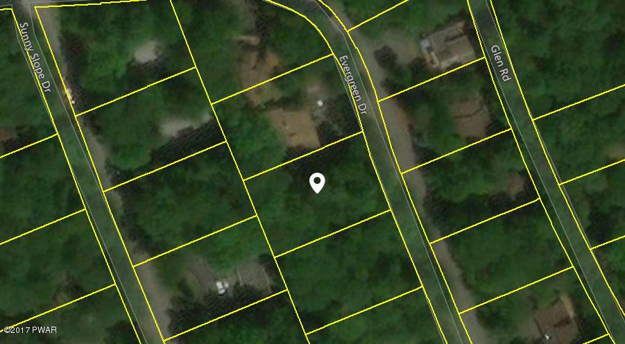 35 Evergreen Dr, Lake Ariel, PA 18436