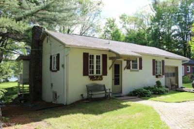Photo of 353 E. Shore Dr, Lake Ariel, PA 18436