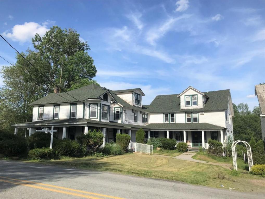 126 Milanville Rd, Beach Lake, PA 18405
