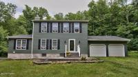 584 Old Gravity Rd, Lake Ariel, PA 18436