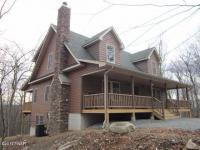 121 Log Cabin Dr, Lackawaxen, PA 18435