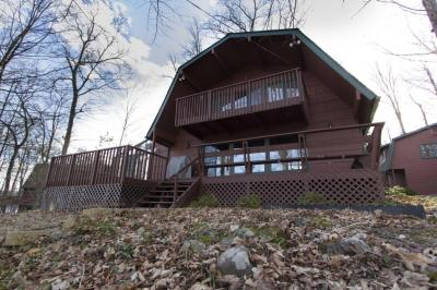 Photo of 46 Glen Rd, Lake Ariel, PA 18436