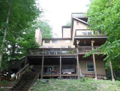 Photo of 10 Knollwood Rd, Lake Ariel, PA 18436
