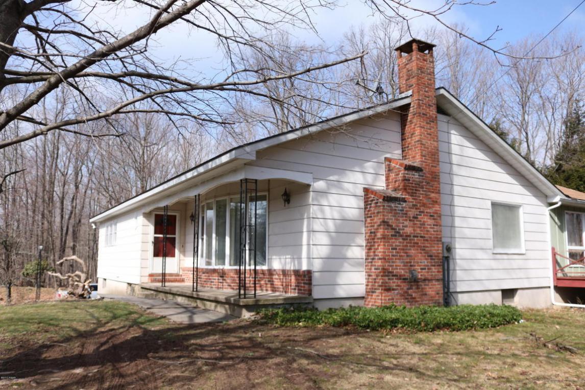 69 Como Rd, Lakewood, PA 18439