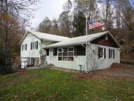 485 Old Willow Ave, Honesdale, PA 18431