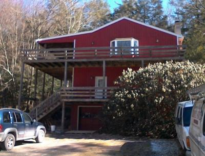 Photo of 249 Gumbletown Rd, Paupack, PA 18451