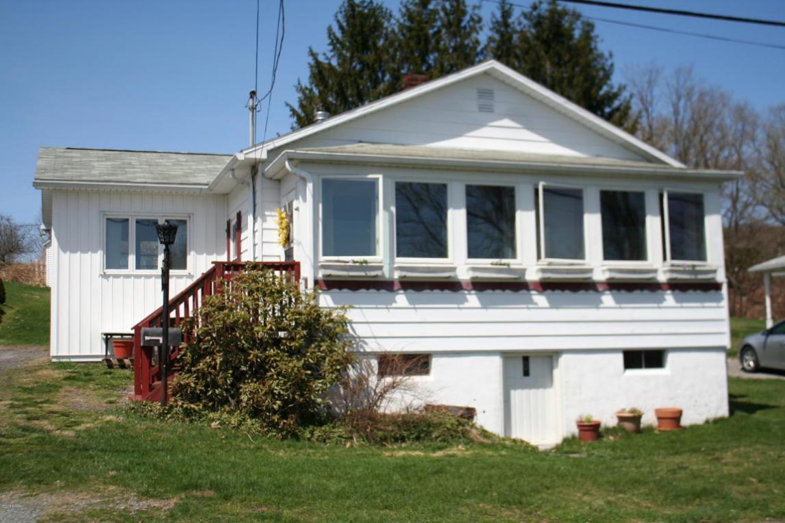 911 Hudson St, Forest City, PA 18421