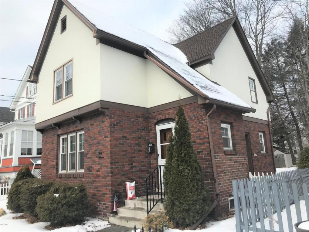 311 10th St, Honesdale, PA 18431