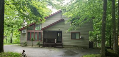 Photo of 1338 W Lakeview Dr, Lake Ariel, PA 18436