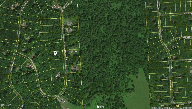 2617/2618 Rocky Mountain Dr, Greentown, PA 18426