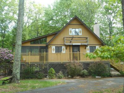 Photo of 159 Spring Dr, Dingmans Ferry, PA 18328