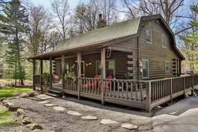 120 Parkers Glen Rd, Shohola, PA 18458