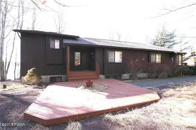 1006 Foxwood Ln, Gouldsboro, PA 18424