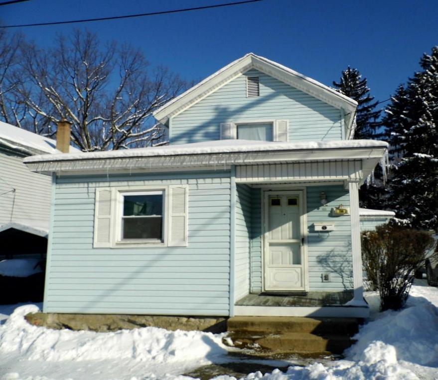 709 Spring St, Moosic, PA 18507