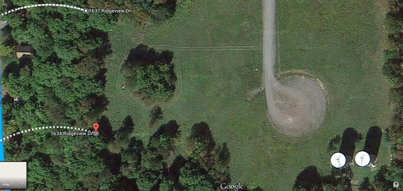 5 Avoy Heights Rd, Lake Ariel, PA 18436