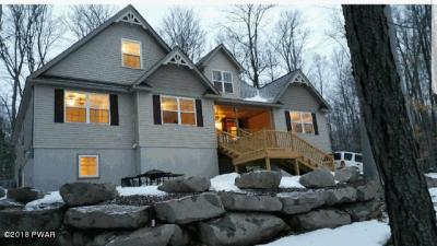 Photo of 1015 Canary Ln, Lake Ariel, PA 18436