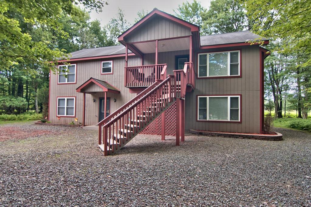 3996 Par Ct, Lake Ariel, PA 18436