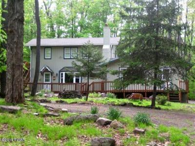 Photo of 1288 Fountain Dr, Newfoundland, PA 18445