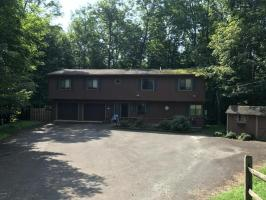 23 Aquarius Ln, Lake Ariel, PA 18436
