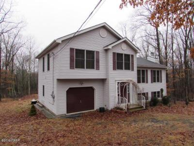Photo of 123 Westwood Cir, Dingmans Ferry, PA 18328