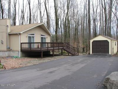 Photo of 3608 Chestnuthill Dr, Lake Ariel, PA 18436
