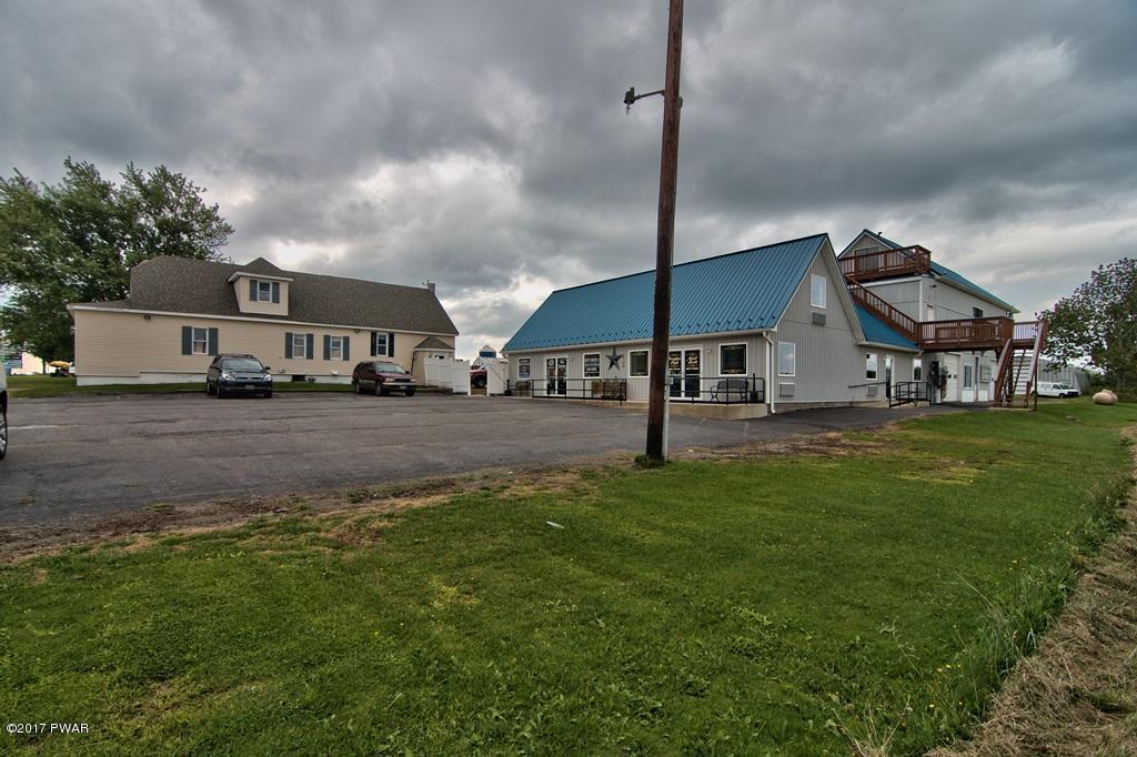 425-429 Hamlin Hwy, Lake Ariel, PA 18436