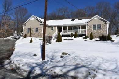 135 West End Drive, Lords Valley, PA 18428