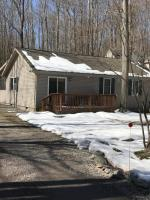 435 Lakeview Dr, Lake Ariel, PA 18436
