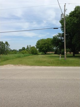 Erie Rd, Green Bay, WI 54311