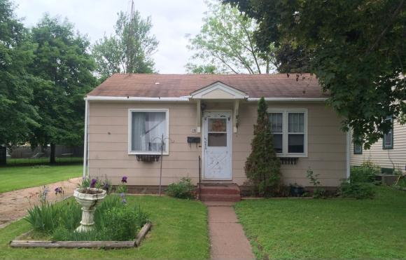 79 Garfield, Clintonville, WI 54929