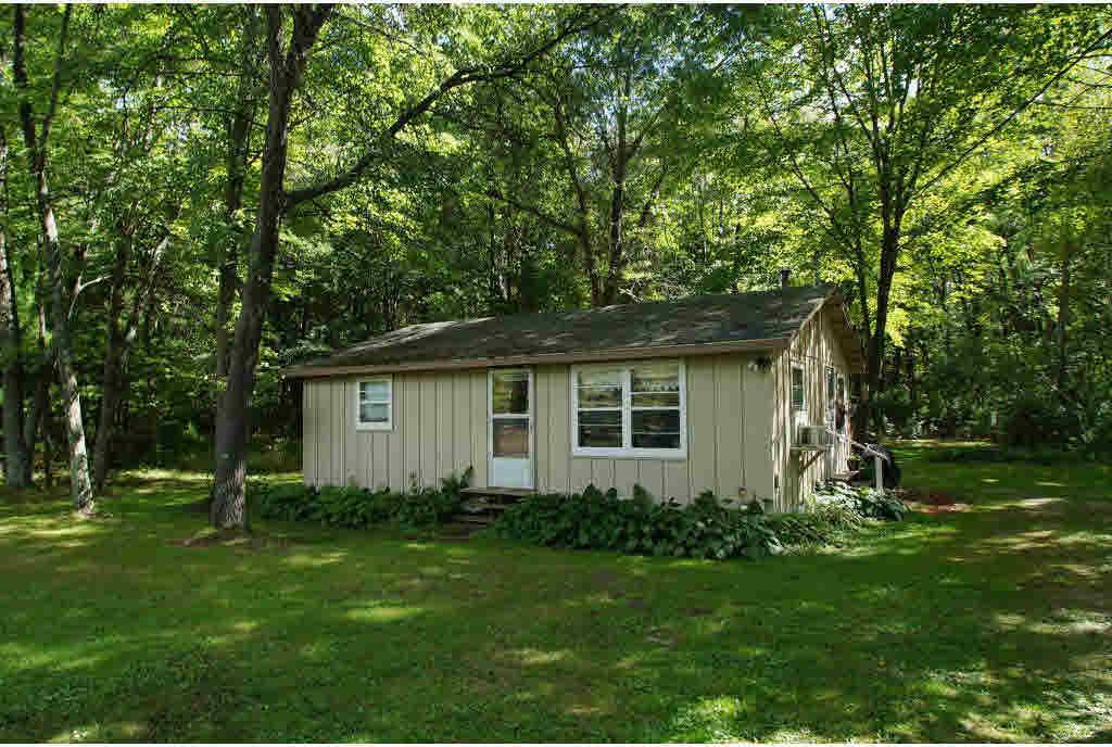 4197 W Huckleberry, Princeton, WI 54968