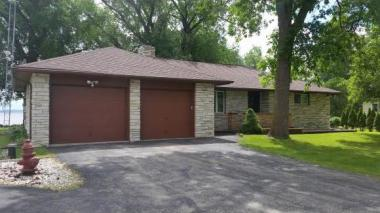 N9343 Lakeshore Dr, Friendship Town Of, WI 54979