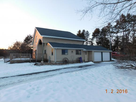 New Listing! 12478 Henry Ln., Cecil, WI
