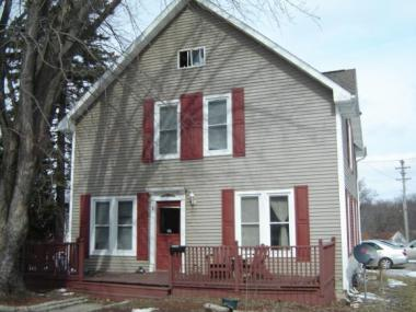 215 E Spring St, New London City Of, WI 54961