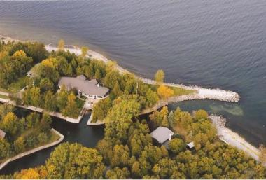 4295 Bay View Dr, Sturgeon Bay City Of, WI 54235