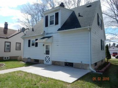 74 Mckinley Ave, Clintonville City Of, WI 54929